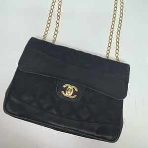 Black purse 😊